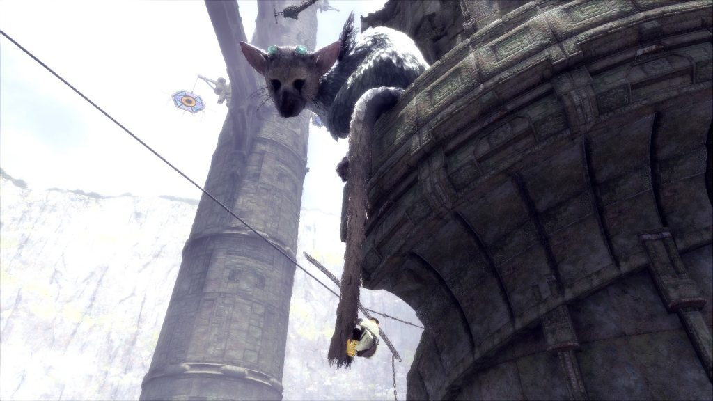The Last Guardian Trico tail climbing