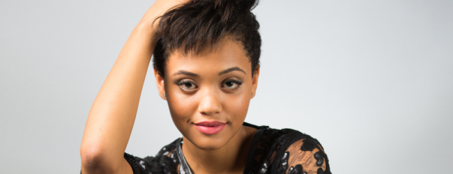 Keep Iris West Black: The Flash Casts Kiersey Clemons
