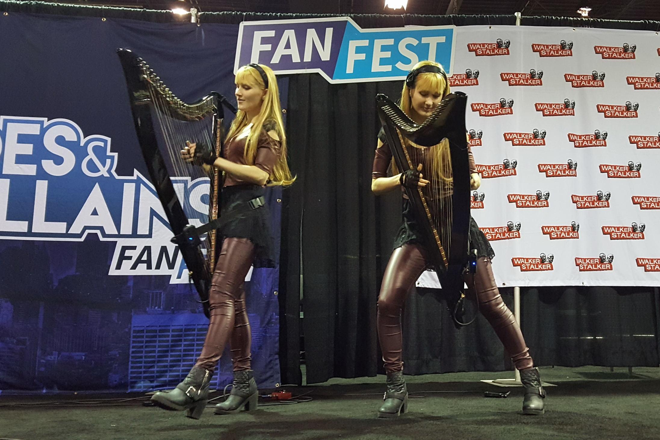 Fan Fest Chicago 2017, Harp Twins